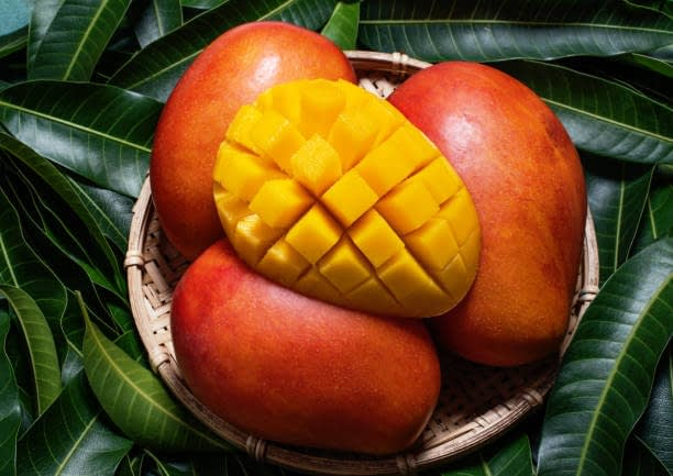 """5 Types of Fruits Eaten During the Day are """"Panacea"""", Eaten at Night are """"Poison"""""""