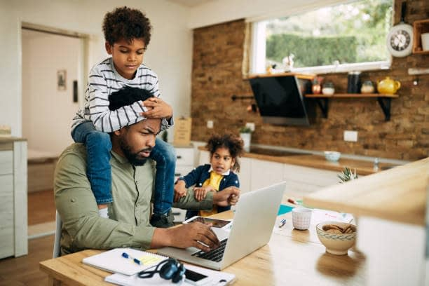 Advantages and Disadvantages of Home-Based Business